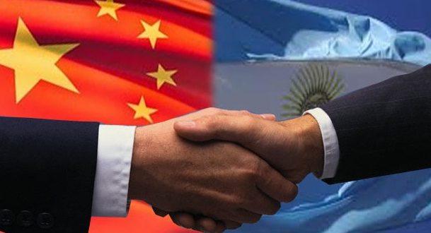 El ministro de Finanzas chino le presentó a Macri el ambicioso proyecto de inversión en la Argentina