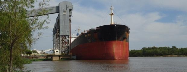 Un buque liberiano cargará en Entre Ríos 30 mil toneladas de soja con destino a China