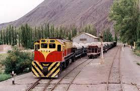 El Gobierno ampliará u$s 1.600 millones el crédito para recuperar el ferrocarril Belgrano Cargas