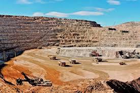 Analizan minerales de exportación